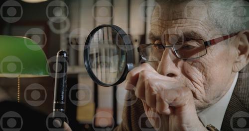 Documentário e filme de espionagem aclamado em Sundance, Agente Duplo, estreia no Globoplay