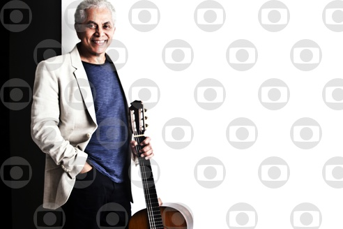 Globoplay exibe live exclusiva com Paulinho da Viola neste sábado
